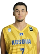 Headshot of Yll Kacaniku