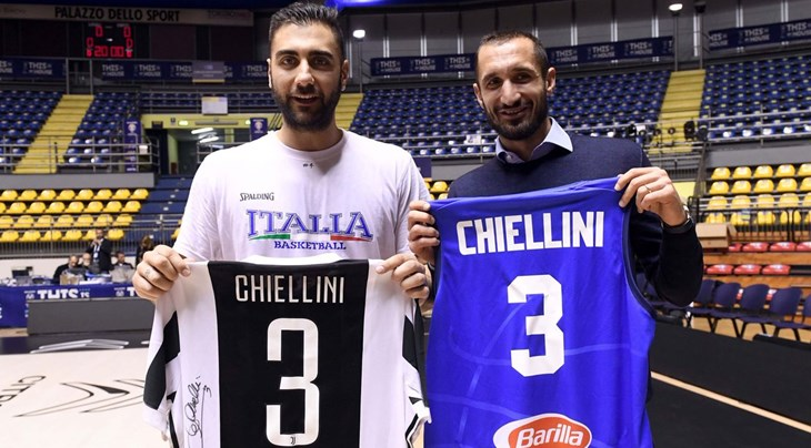 premium selection b78bf 69e57 Juve star Chiellini throws support behind Italy's basketball ...