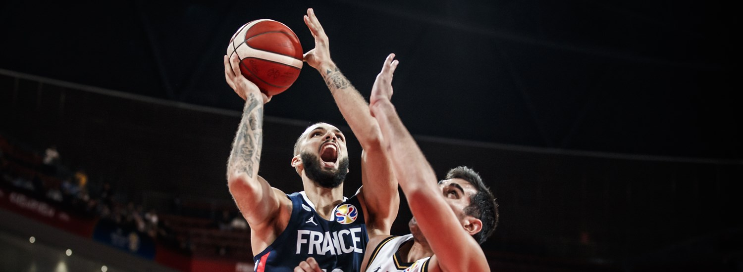 vente chaude en ligne e2cbd 2d39f France advance to the Second Round with masterful win over ...