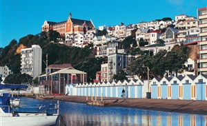 L164-Oriental-Bay-Wellington-Rob-Suisted_300x183.jpg