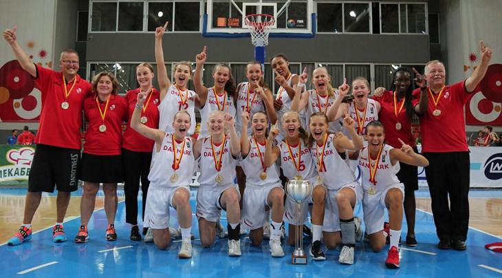 Basketlandslaget vann mot finland 6